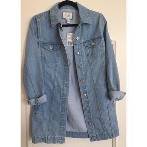 ⋙NEW LIST⋘ NWT Forever 21 Light Denim Jacket